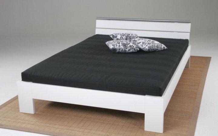 Mann mobilia schlafzimmer